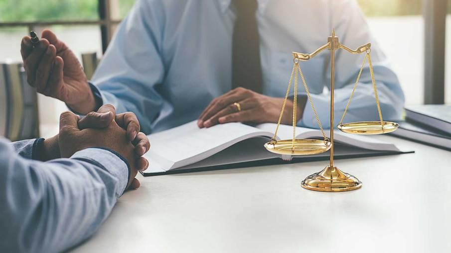 General Practice Lawyer Civil Litigation Family Law