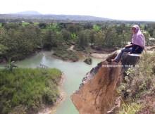 Telaga Biru Semin Gunung Kidul Yogyakarta