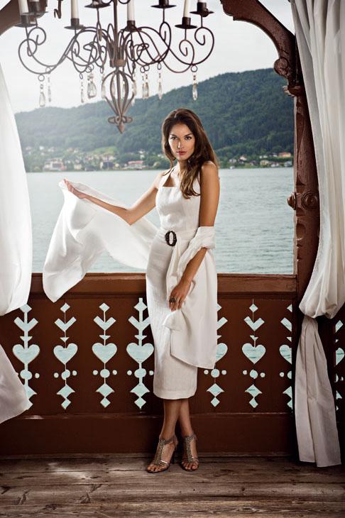 Hochzeitsdirndl Mothwurf  Heiraten in Tracht  Dirndl Mode