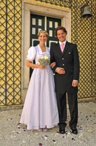 Hochzeitsdirndl Tostmann  Heiraten in Tracht
