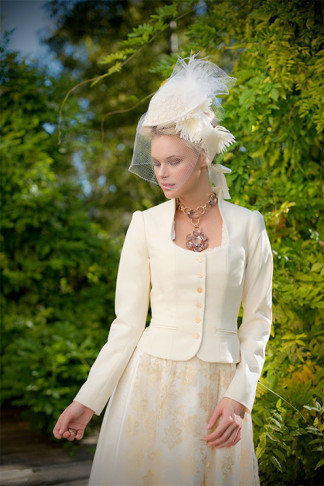 Dirndl Hochzeit - Silk & Pearls