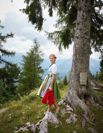 Susanne Spatt Dirndl 2017 - Sommerdirndl