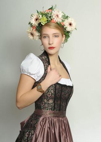 Festliches Dirndl, leichter Brokat - Dilba Couture Dirndl