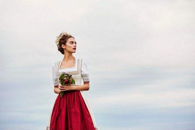 Lena Hoschek Frühjahr/Sommer 2018 - österreichische Dirndl