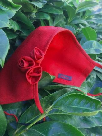 Rote Maske aus edlem Seidenjacquard im Mothwurf online Shop