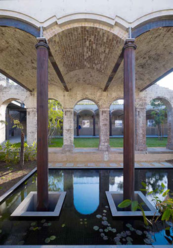 """Paddington Reservoir Gardens in Sydney, Australia (JMD Design landscape architects and Tonkin Zulaikha Greer architects) """"combines aspects of sunken plazas, the romance of industrial ruins, and green roof technology . . . providing urban refuge, rootedness, and continuity."""" / Brett Boardman"""