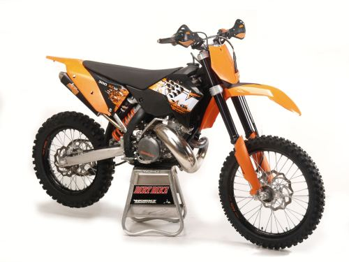 small resolution of all about the ktm 300 2 stroke dirt bike magazine rh dirtbikemagazine com