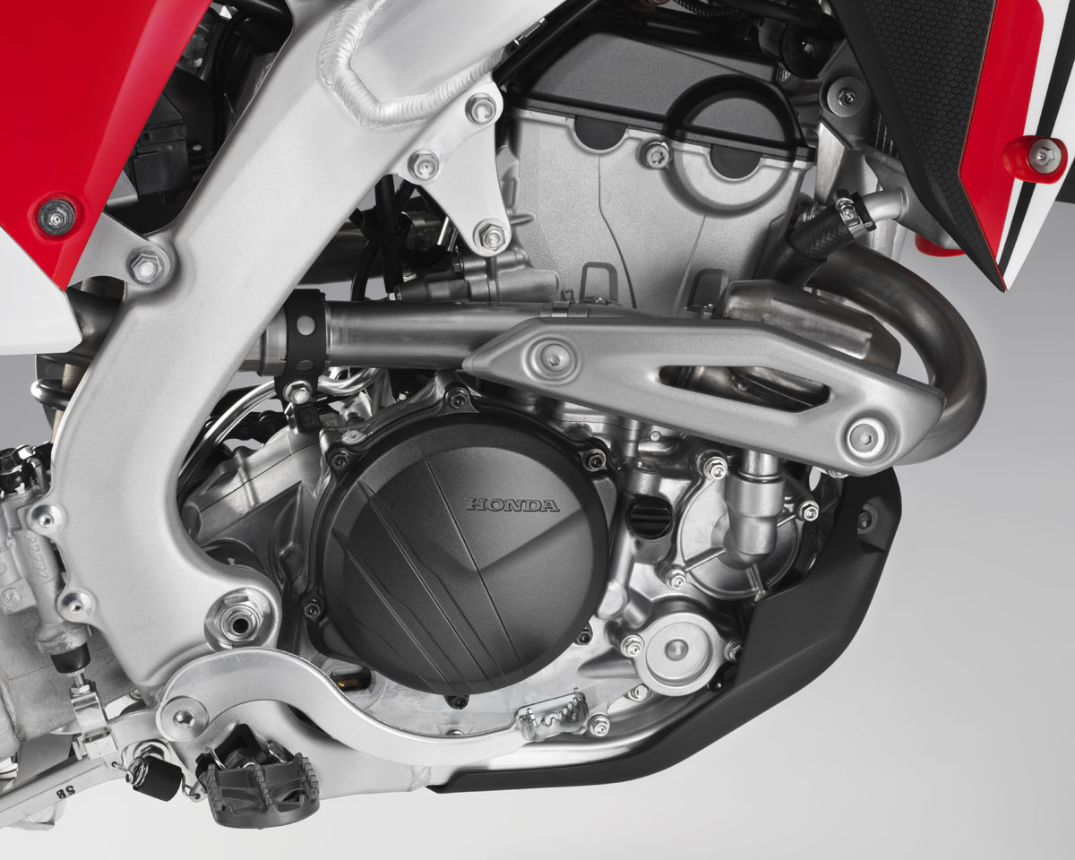 hight resolution of friday wrap up more on the 2018 honda crf250r dirt bike magazinethe fact that the engine