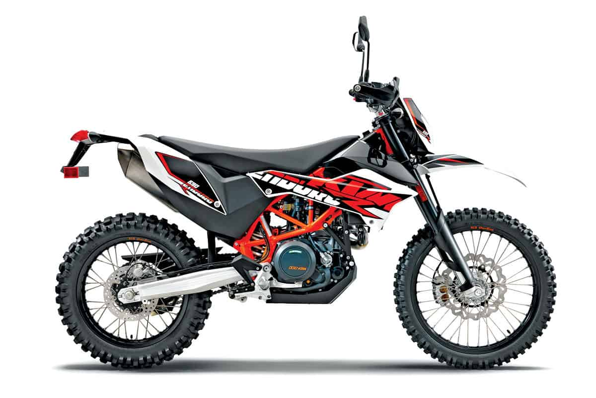 hight resolution of ktm made no changes to its flagship dual sport bike for 2018 it shares the same motor and chassis with the husqvarna 701 enduro so it too