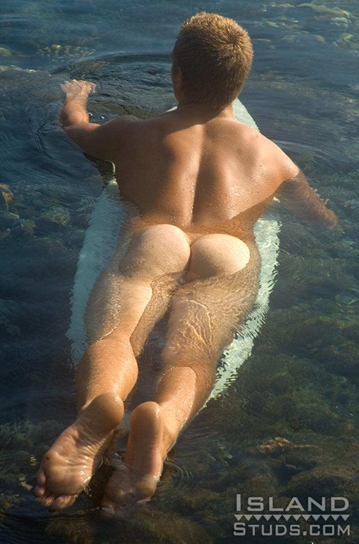 Aaron  Gay Porn Star Pics  IslandStuds Naked Surfing