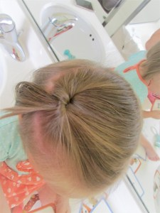 hair, hair styles, infant hairstyles, toddler hairstyles, hairdo, hairdos, fun hair, diy hair, hair tutorials, baby hair, cute hairstyles, mommy blog, dirty dishes messy kisses, diy blog, pony tails, pig tails, braid