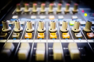 mixer mutes