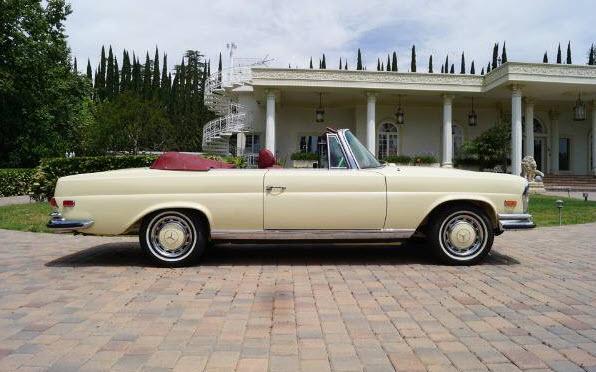 1971 Mercedes Benz 280SE 3.5 Cabriolet Found In Santa Monica