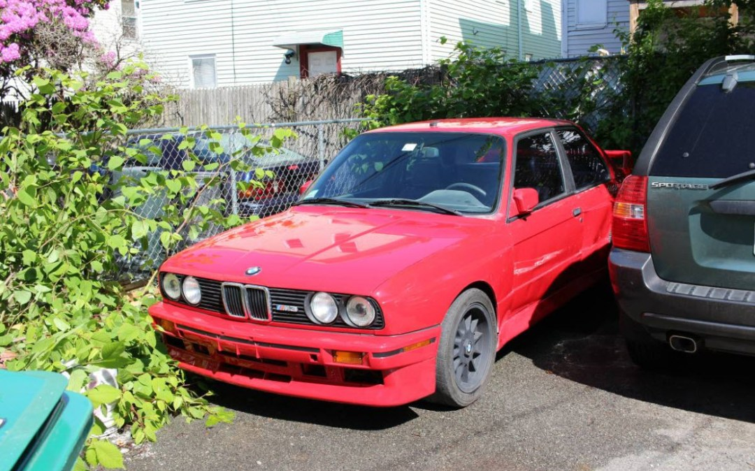dirtyoldcars.com 1988 BMW E30 M3 Found in Lynn Massachusetts 12