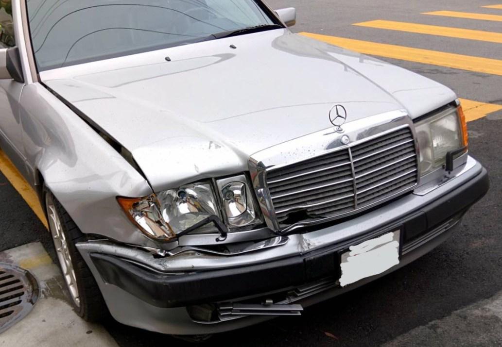 dirtyoldcars.com 1992 Mercedes 500E Found in San Francisco California 9