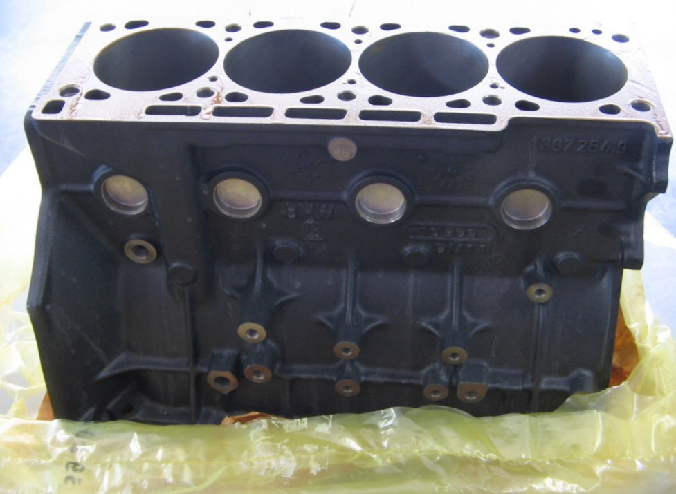 dirtyoldcars.com BMW M3 E30 S14 2.5 LITER Engine Block Found in South Carolina 4