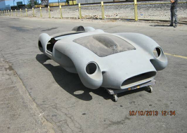dirtyoldcars.com Ferrari TR Fiberglass Body Found in Long Beach 6