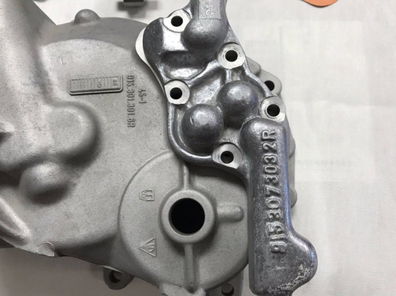 dirtyoldcars.com   Porsche RSR 915 Transaxle Oil Pump Complete  Found in Colorado   2