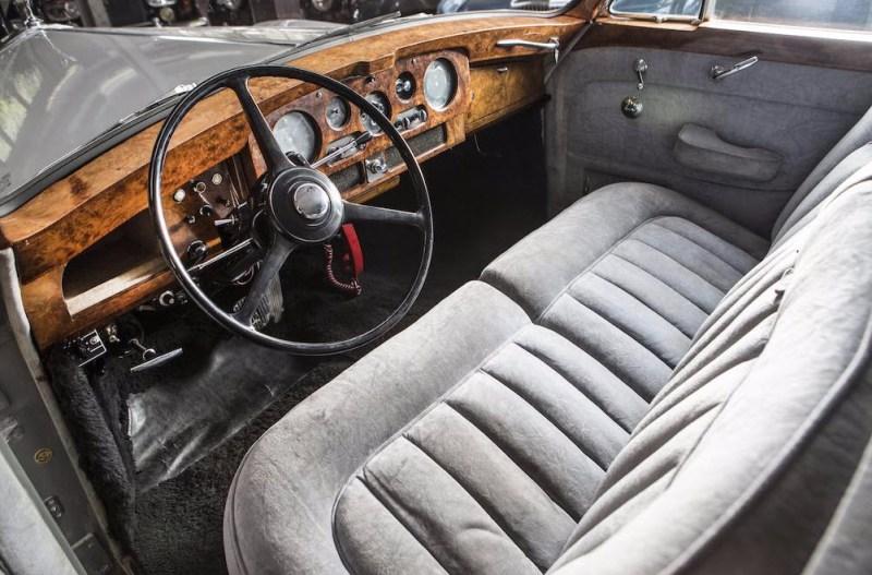 dirtyoldcars.com Elvis Presley's 1963 Rolls Royce Phantom V 7