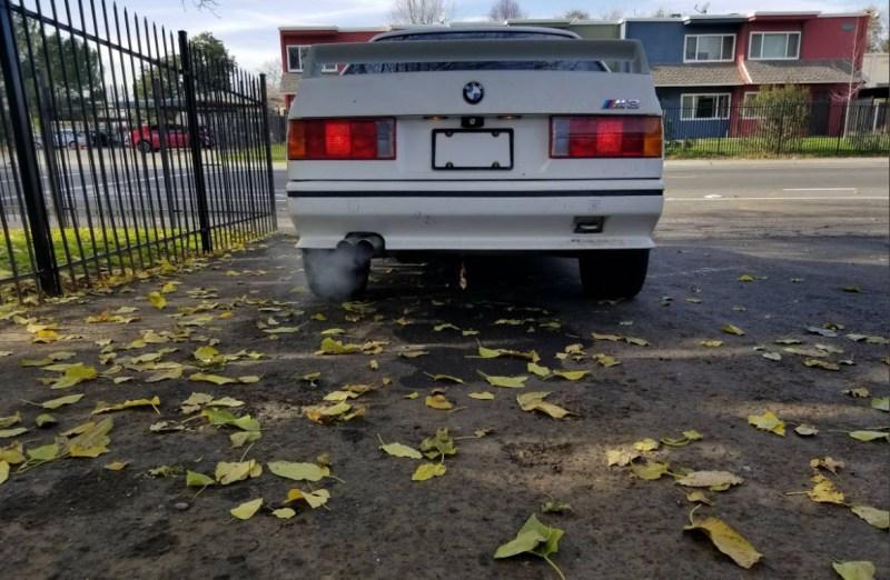 dirtyoldcars.com   1990 BMW E30 M3 2.5L      salvage    5