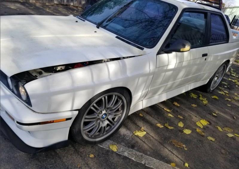 dirtyoldcars.com   1990 BMW E30 M3 2.5L      salvage    4