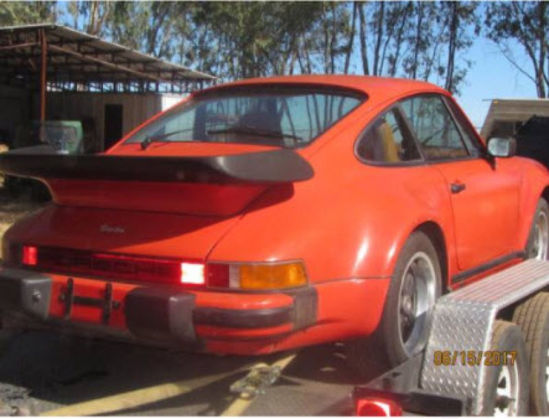 dirtyoldcars.com  1976 Porsche 930 Turbo Found in Oroville California   2