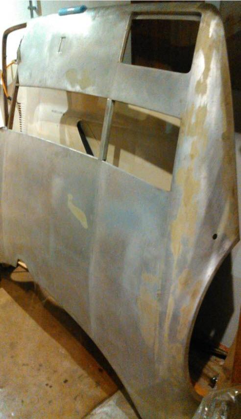 dirtyoldcars.com Ferrari 512BB Bonnet Found in Boston 4