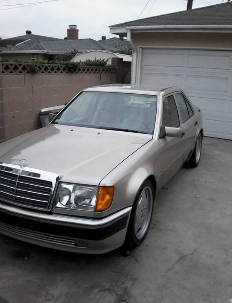 dirtyoldcars.com 1992 Mercedes 500E w124 Found in Los Angeles 1