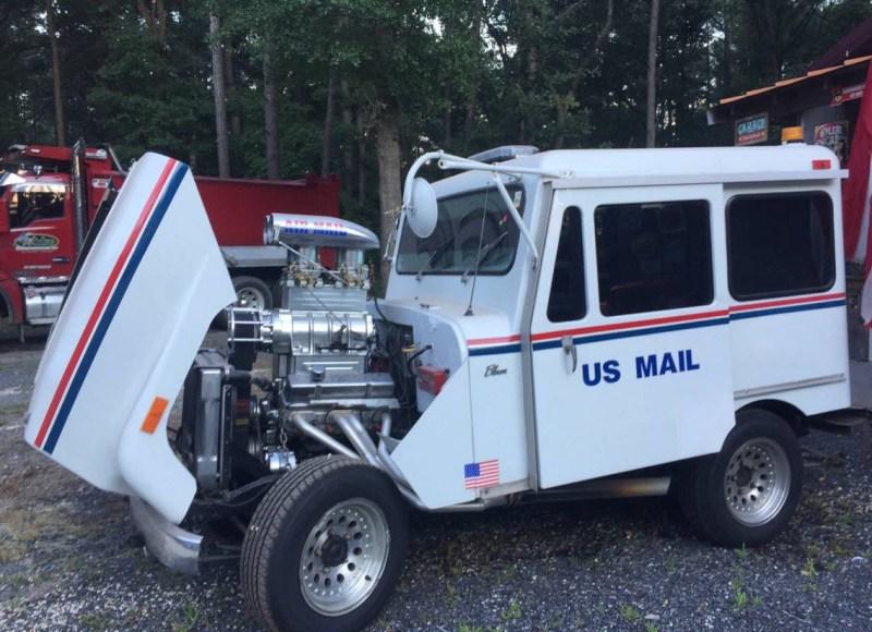 dirtyoldcars.com   Mail Truck Hot rod Blower motor  4