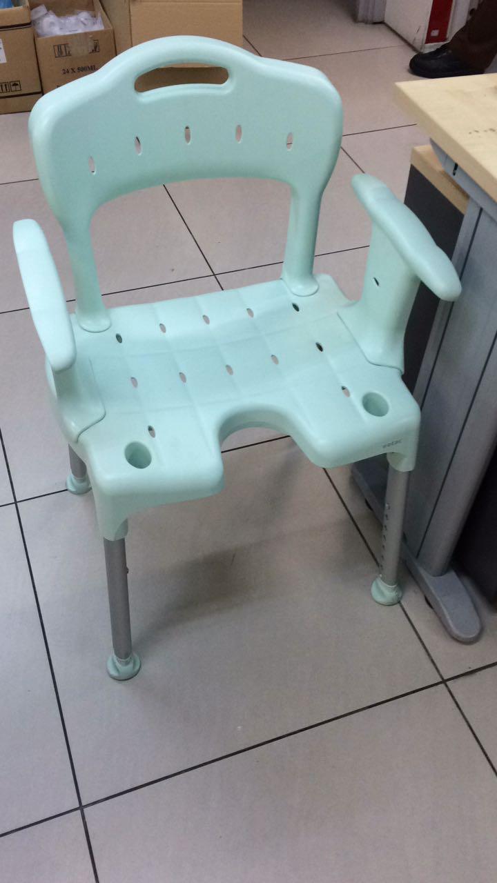 shower chair malaysia desk lumbar support pillow disabledindotcom showerchairhilton