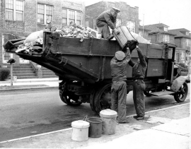 Sanitation crew 1930s. Photo DSNY.