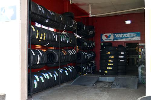 Discount auto tires