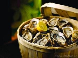 Hyatt Regency Friday Seafood Market