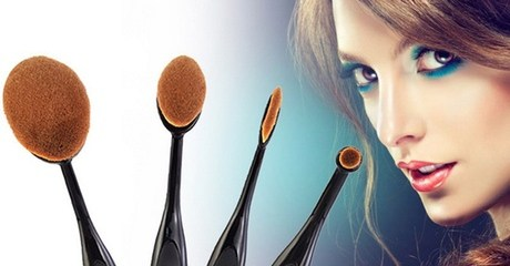 Four-Piece Make-Up Brush Set