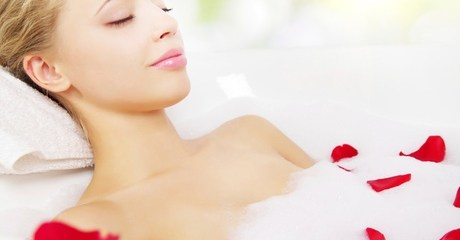 Receive a session of Moroccan bath and blow-dry