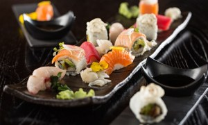 Sushi Platter with Beverages