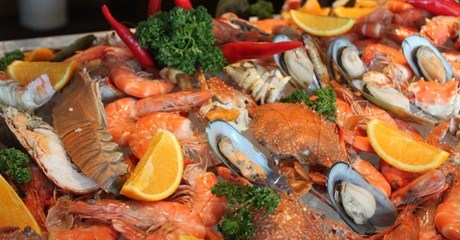 5* Seafood Buffet with Soft Drink