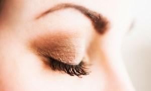 Full Set of Eyelash Extensions