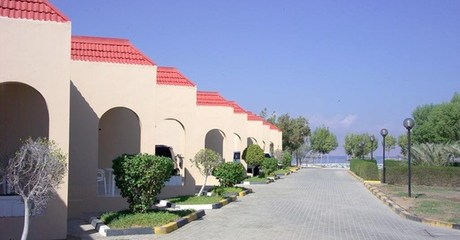 Fujairah: 1 or 2 Nights with Meals