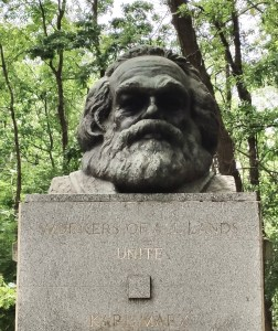 The bust of Karl Marx as a head stone on his grave