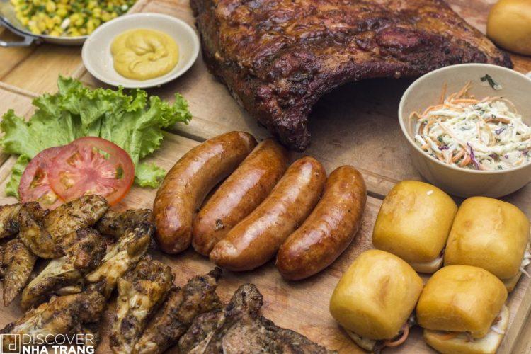 The Big Man Feast BBQ Un In