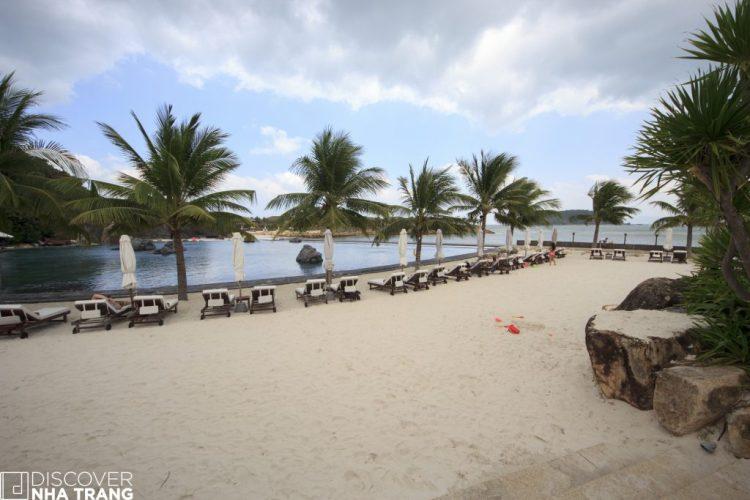 Seawater Pool Amiana Resort Nha trang