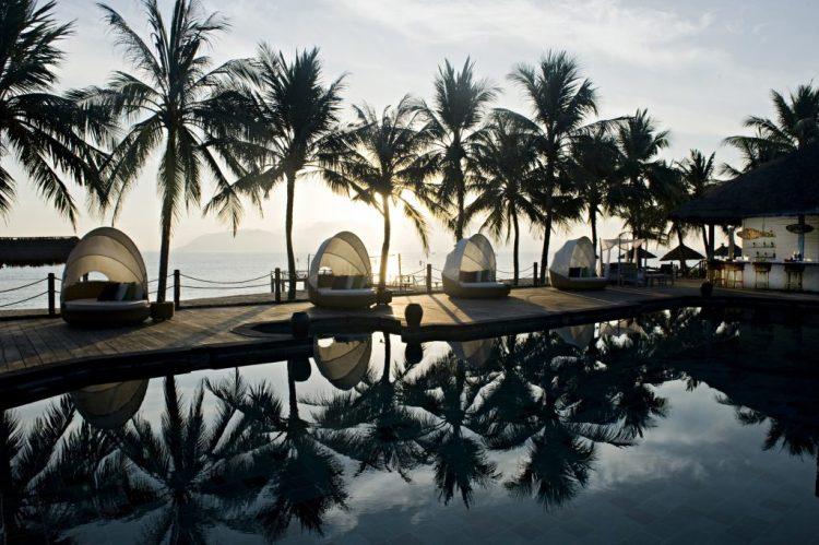 Terrace_Pool - Ana Mandara Nha Trang