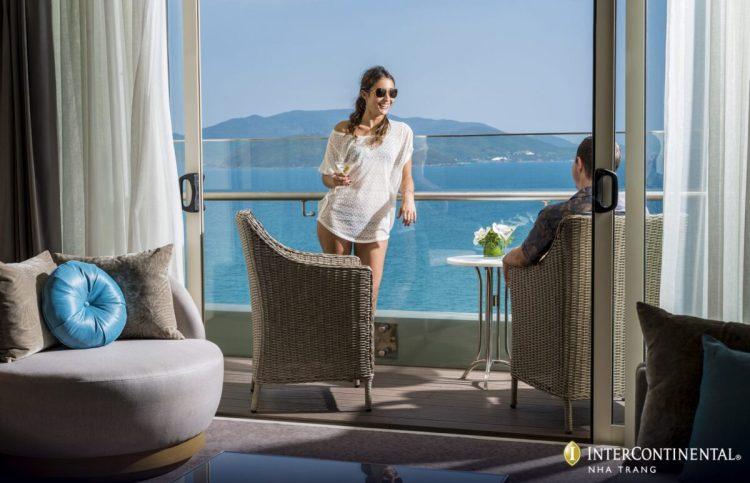 Seaside Escape Package - Deluxe Ocean View - Balcony