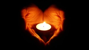 yartzeit candle heart hands
