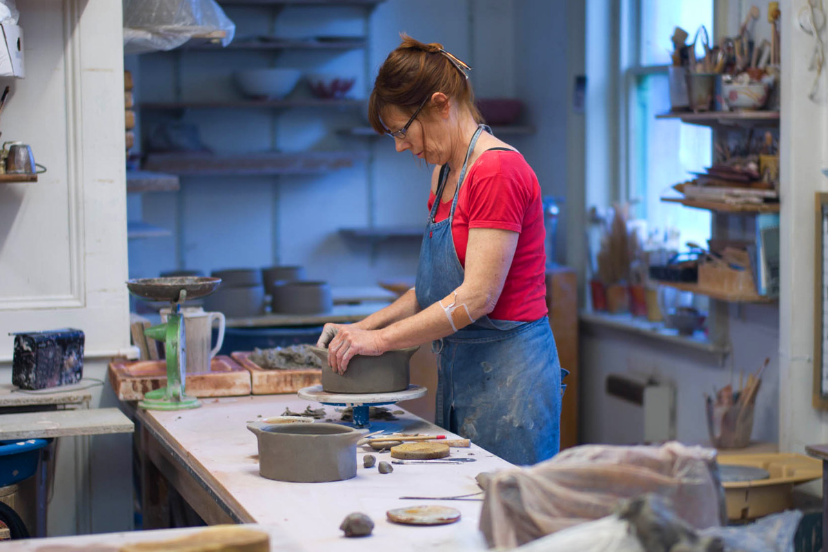 Lisa-Hammond-Studio-Tour-Making-Dishes