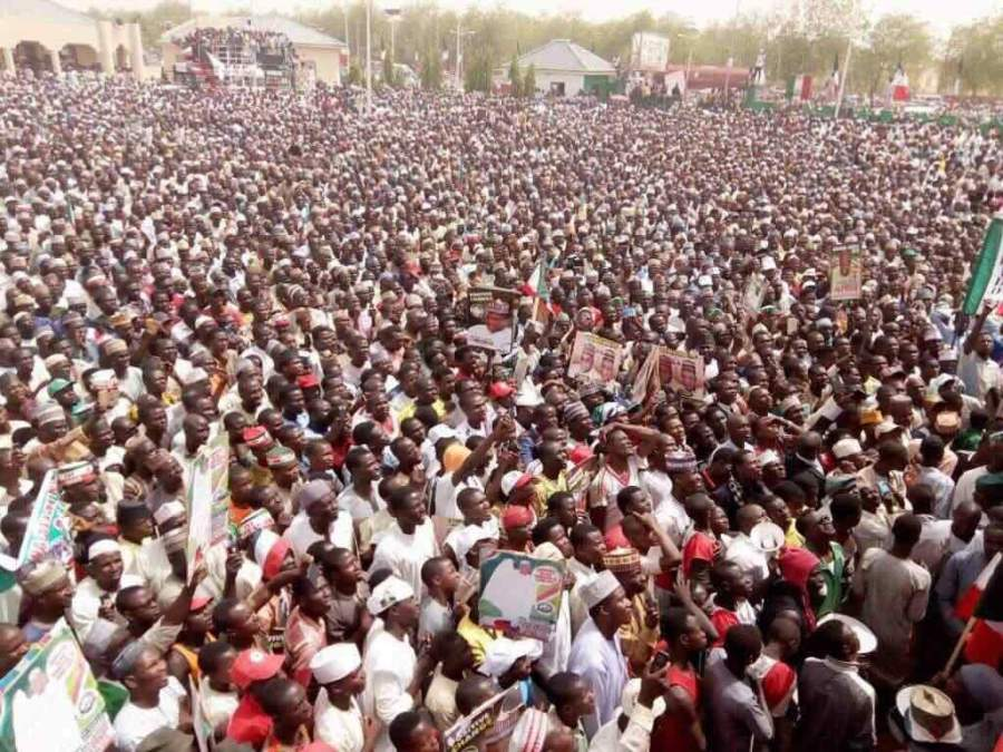 Governor of Ekiti State, Peter Ayodele Fayose has said the crowd of supporters of the Peoples Democratic Party (PDP) at the party's rally in Katsina State on Saturday showed that the people have lost confidence in the Federal Government.