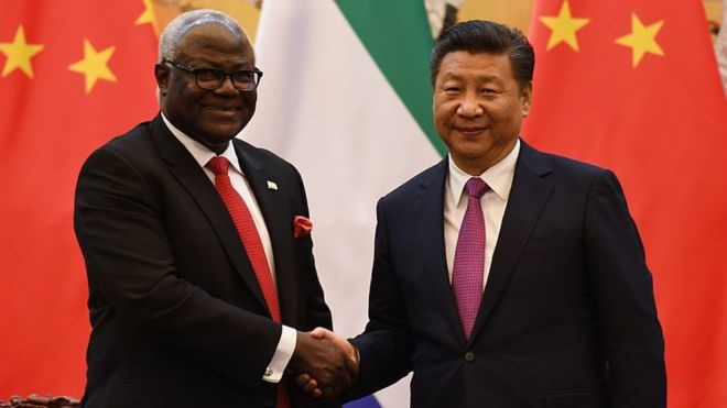 Former Sierra Leone President Ernest Bai Koroma (left) who stepped down from power in April and President of China Xi Jinping. Credit/BBC