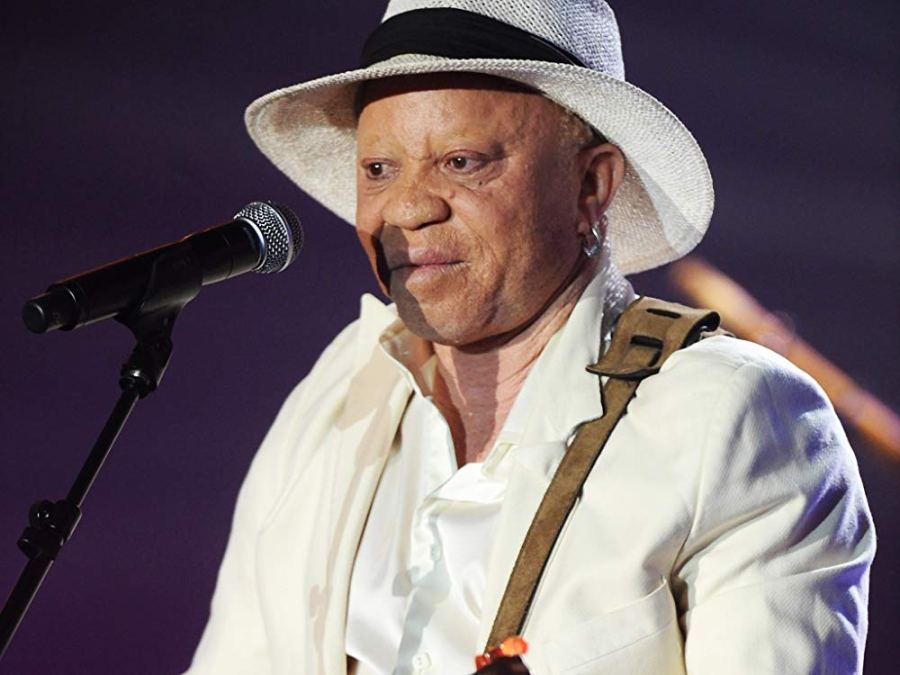 For his hunger for Impact, SALIF KEITA is Discover Africa News Musician of the Year 2018
