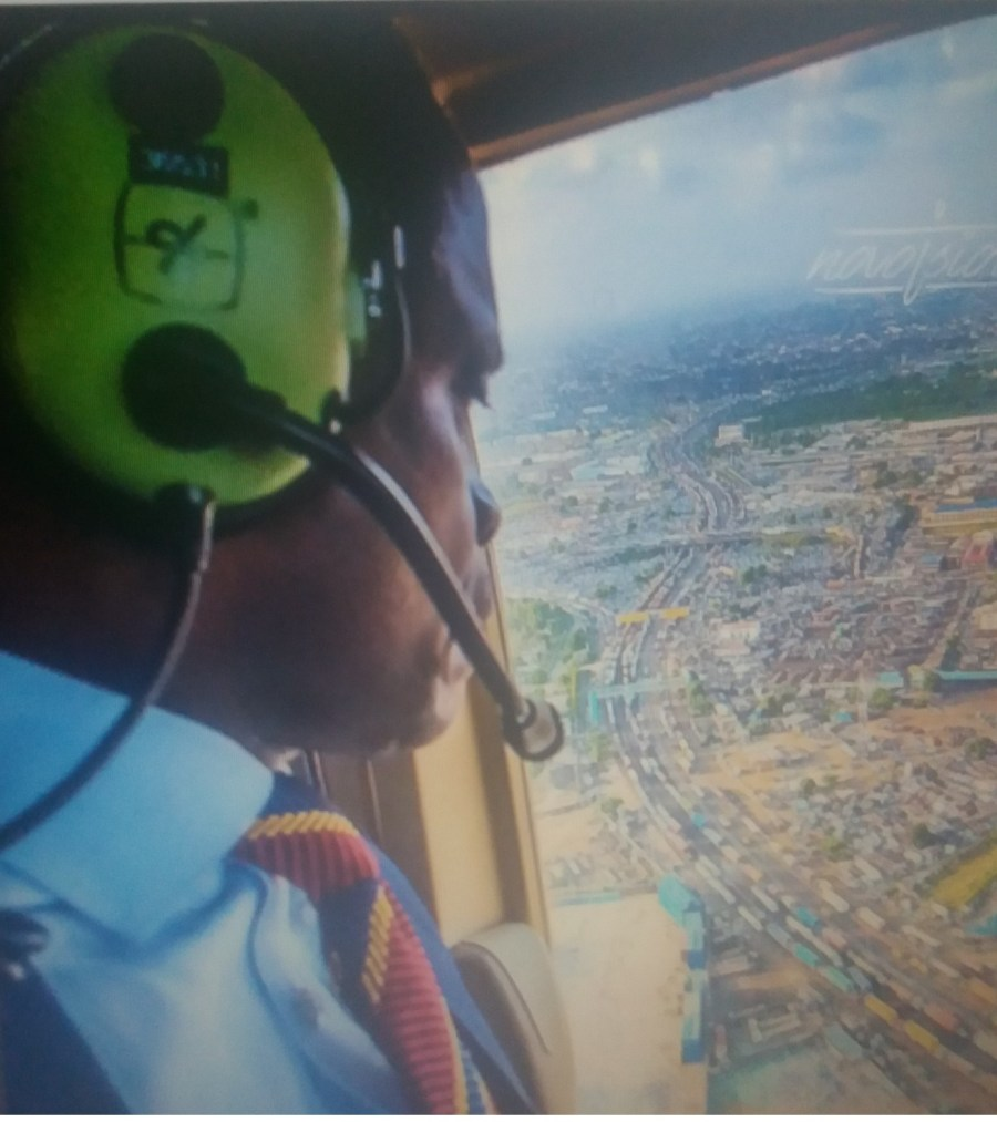 FILE: VP Osinbajo flown over the Apapa gridlock for aerial assessment of the situation, a week ago. Source/tweeter